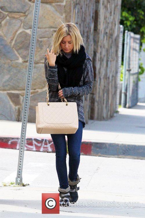 Ashley Tisdale 6