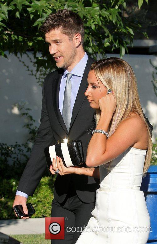 ashley tisdale and her director boyfriend scott 3994527Ashley Scott Boyfriend