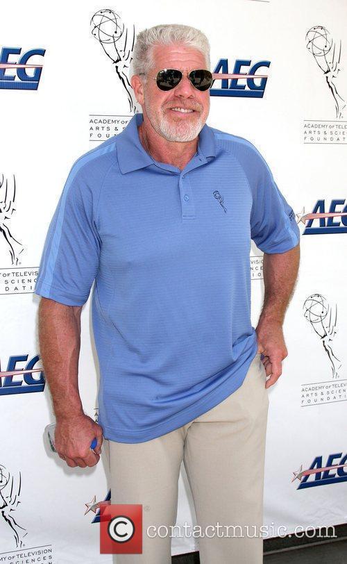 Ron Perlman 8