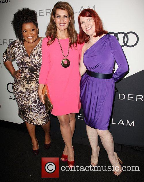 Yvette Nicole Brown, Nia Vardalos, and Kate Flannery...