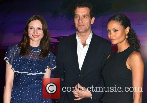 Sophie Ellis-bextor, Clive Owen and Thandie Newton 2