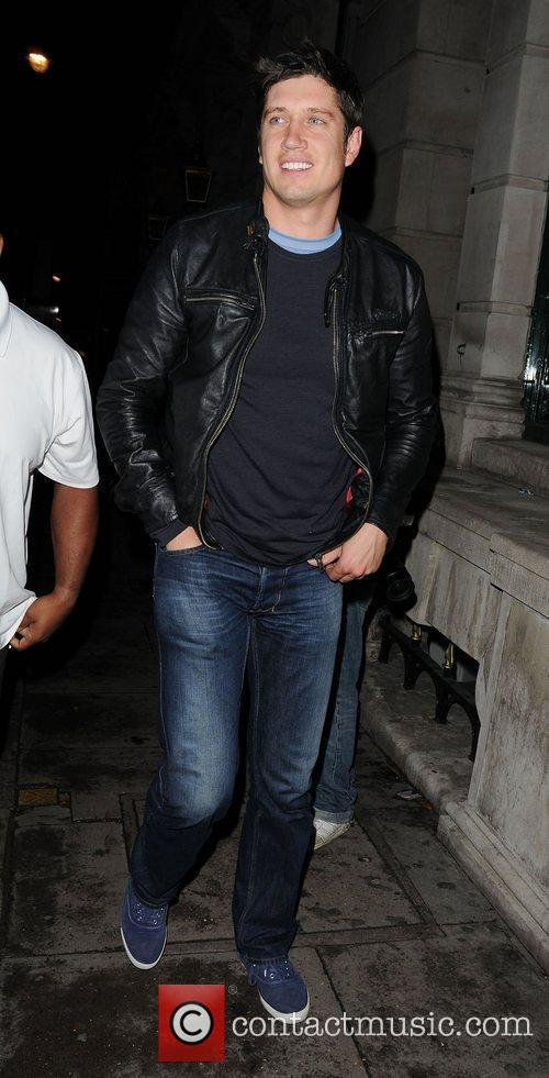vernon kay arriving at aura club london 3986595