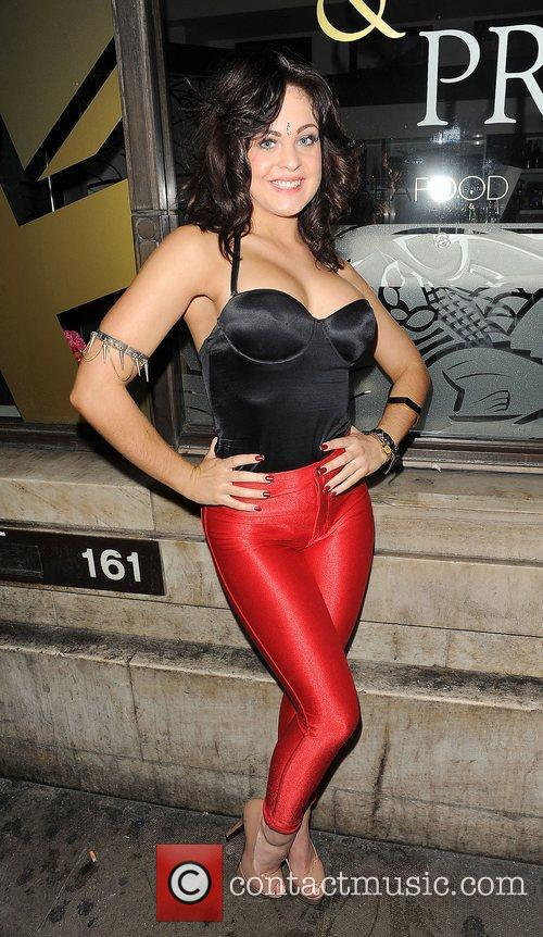 Cassie Donnie Valenti enjoys a night out at...