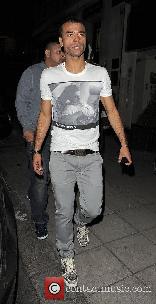 Ashley Cole, Aura Nightclub