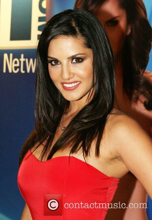 Sunny Leone and Hard Rock Hotel And Casino 2