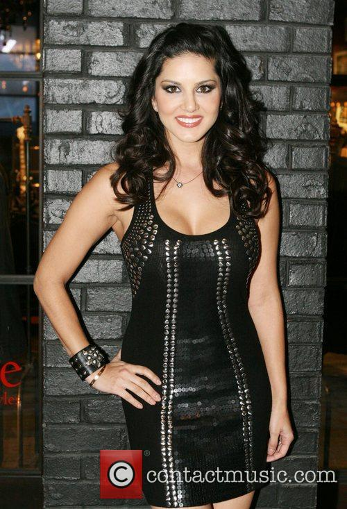 Sunny Leone and Hard Rock Hotel And Casino 7