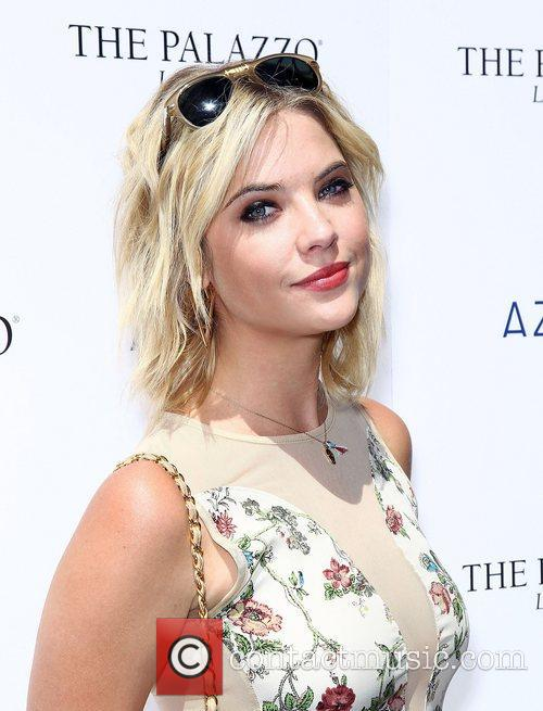 Ashley Benson 5