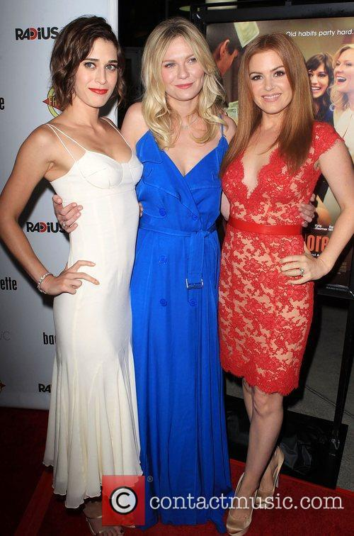 Lizzy Caplan, Kirsten Dunst, Isla Fisher ,...