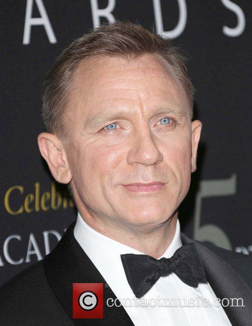 Daniel Craig and Beverly Hilton Hotel 1