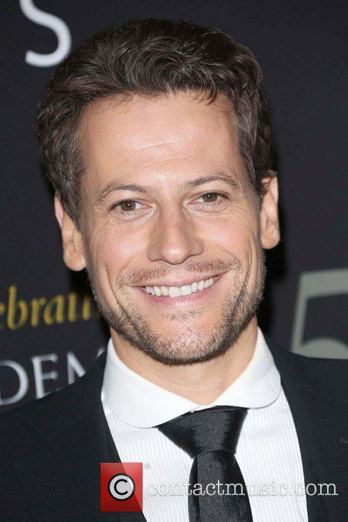 Ioan Gruffud and Beverly Hilton Hotel 4