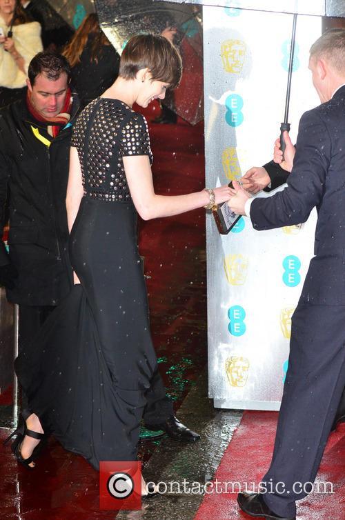 Anne Hathaway and British Academy Film Awards 4