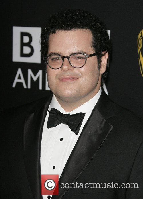 Josh Gad and Beverly Hilton Hotel 2