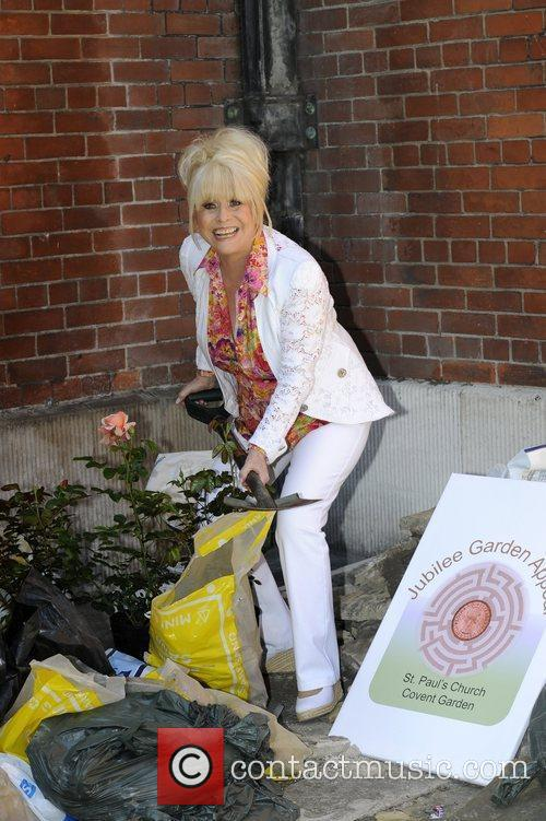 Barbara Windsor launches the St Paul's Gardens appeal...