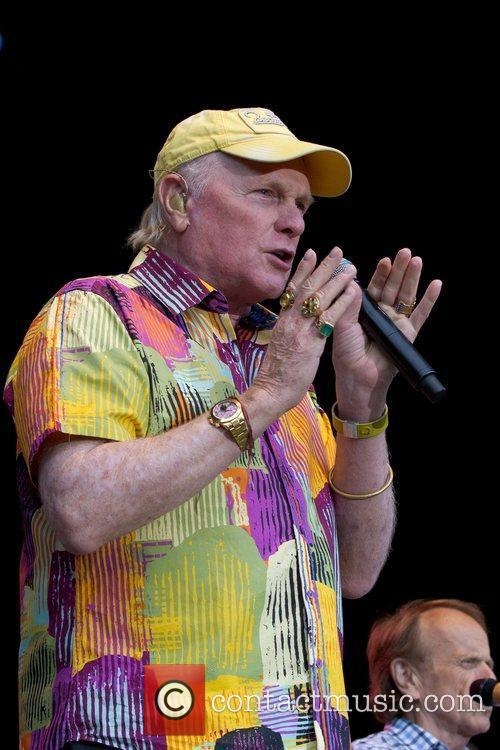 Mike Love and Beach Boys 7