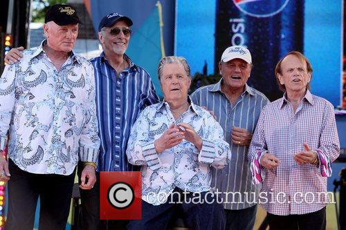 Mike Love, Brian Wilson and Central Park 7