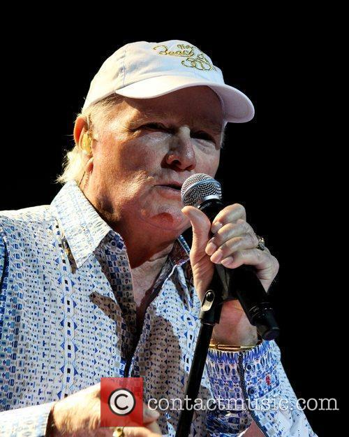 Mike Love and Hard Rock Hotel And Casino 7