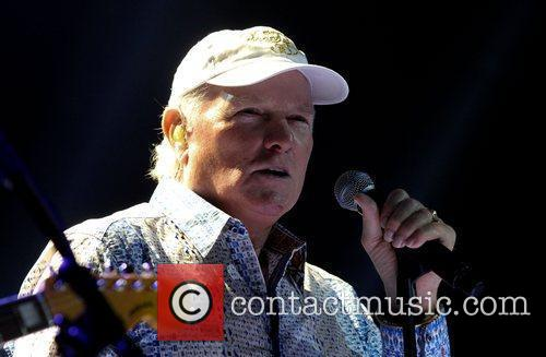 Mike Love and Hard Rock Hotel And Casino 9