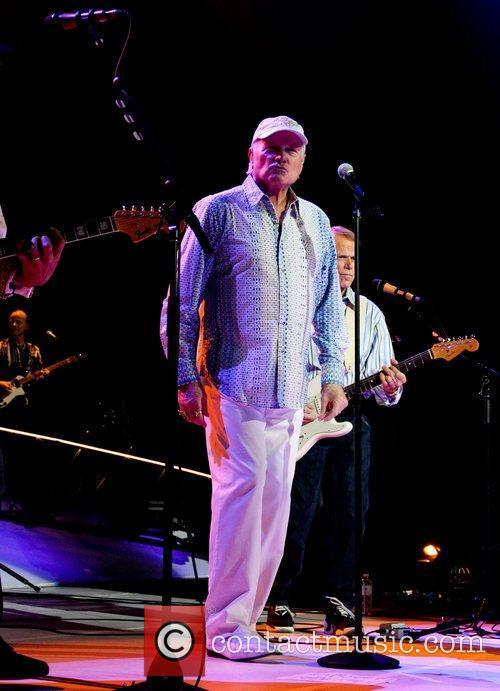 Mike Love and Hard Rock Hotel And Casino 10