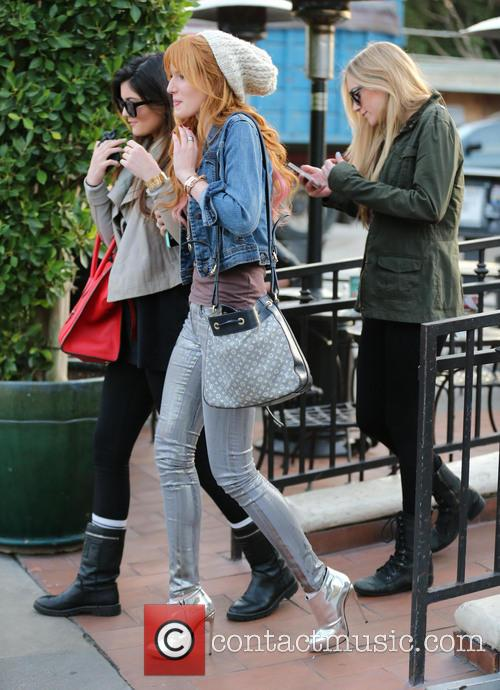 Bella Thorne and Kylie Jenner 7