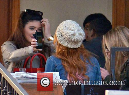 Bella Thorne and Kylie Jenner 1