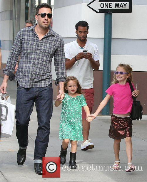 Ben Affleck, Violet and Seraphina 2