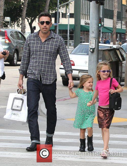 Ben Affleck, Violet and Seraphina 7