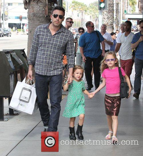 Ben Affleck, Violet and Seraphina 8