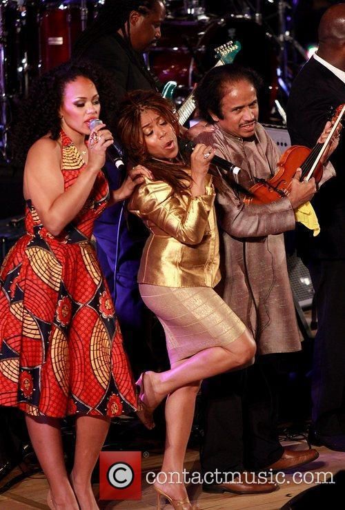 Elle Verner Valerie Simpson and L. Subramaniam 4