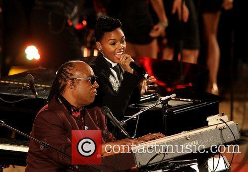 Janelle Monae and Stevie Wonder 1
