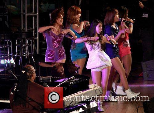 The Wonder Girls and Stevie Wonder 1