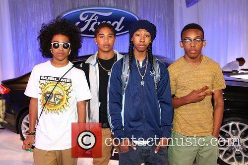 Mindless Behavior and Bet Awards 2