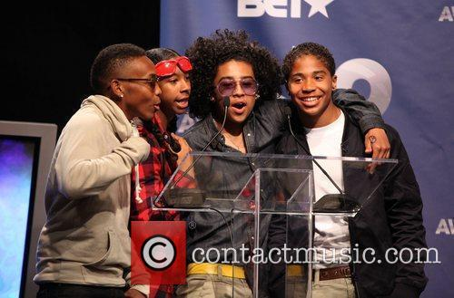 Prodigy, Mindless Behavior