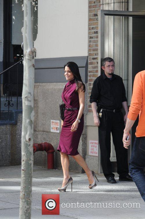 bethenny frankel seen leaving her new apartment