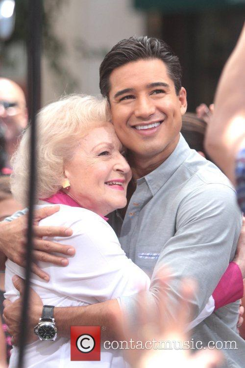 Betty White and Mario Lopez 2