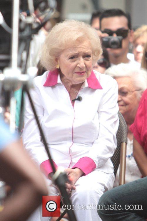 Betty White 5