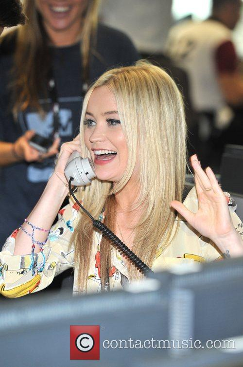 Laura Whitmore - Images