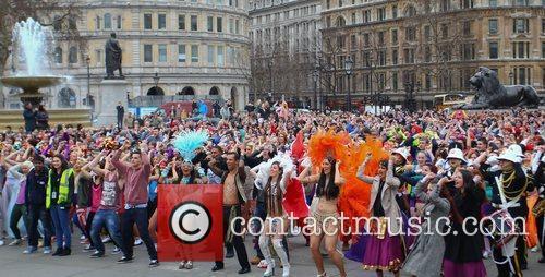 Atmosphere and Trafalgar Square 5