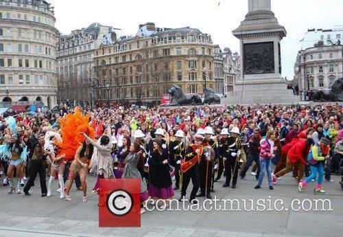 Atmosphere and Trafalgar Square 11