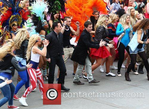 Ant Mcpartlin, Ant And Dec, Declan Donnelly and Trafalgar Square 6