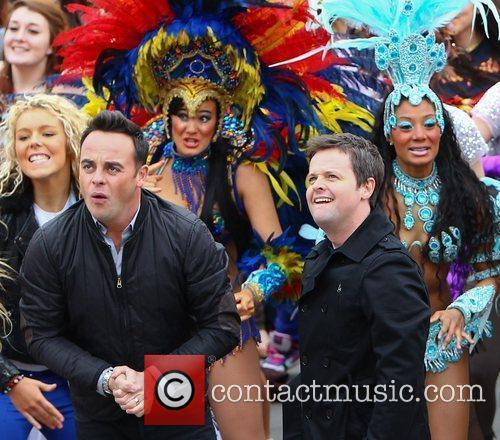 Ant Mcpartlin, Ant And Dec, Declan Donnelly and Trafalgar Square 8