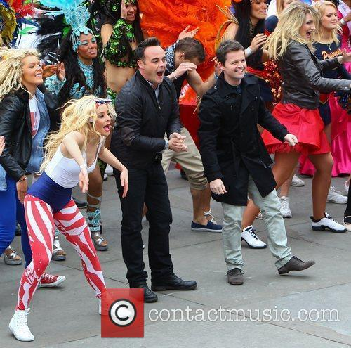 Ant Mcpartlin, Ant And Dec, Declan Donnelly and Trafalgar Square 9