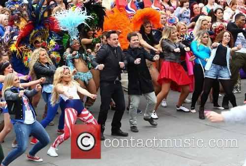 Ant Mcpartlin, Ant And Dec, Declan Donnelly and Trafalgar Square 10