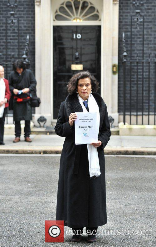 Bianca Jagger and 10 Downing Street 5