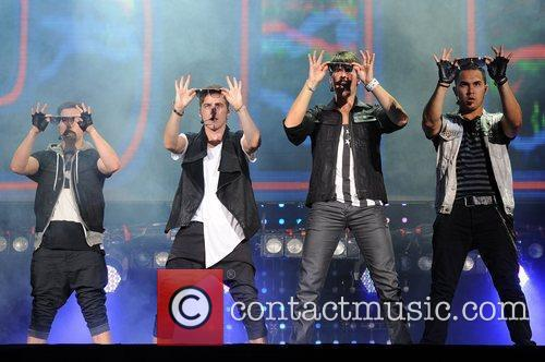 Logan Henderson, Big Time Rush, Carlos Pena and James Maslow 4