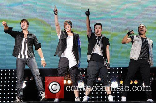 Logan Henderson, Big Time Rush, Carlos Pena and James Maslow 10