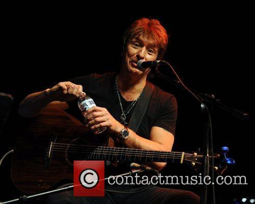 Richie Sambora and Hard Rock Hotel And Casino 3