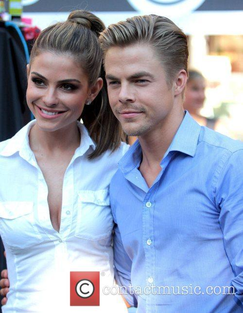 Maria Menounos and Derek Hough 3