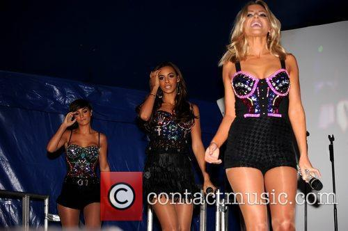 Frankie Sandford, Mollie King, Rochelle Wiseman and The Saturdays 2