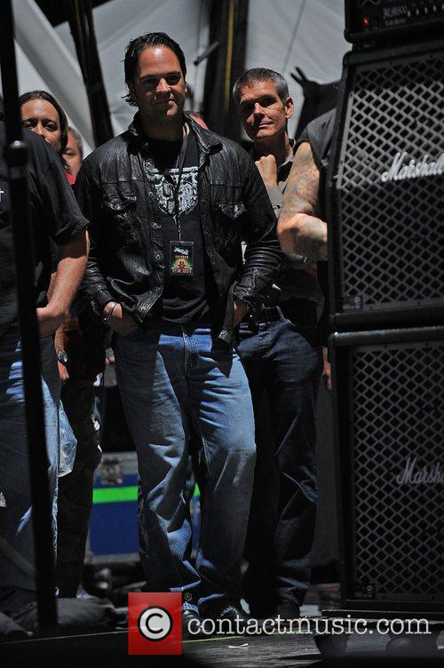 Mike Piazza  watches Black Label Society performs...