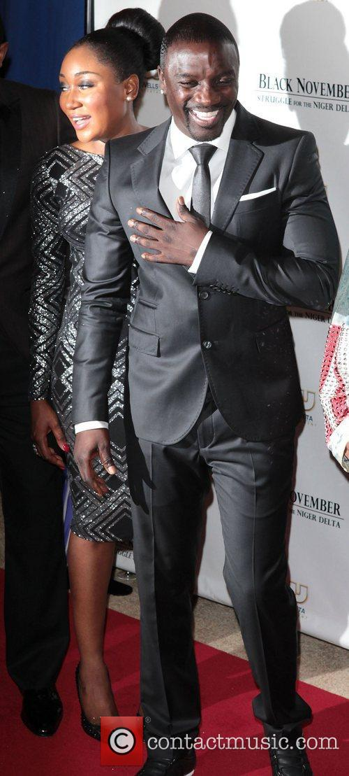 Mbong Amata and Akon 4